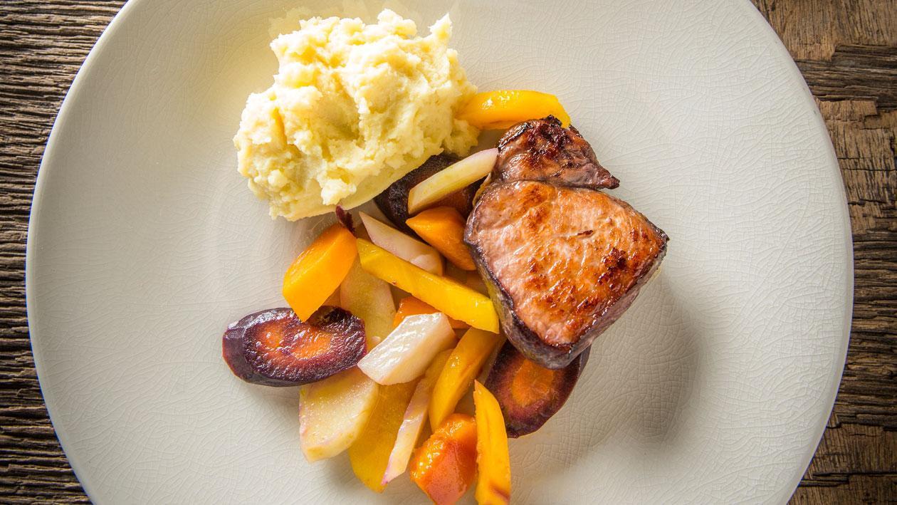 Livar varken met bordelaise,aardappelpuree en vergeten groenten