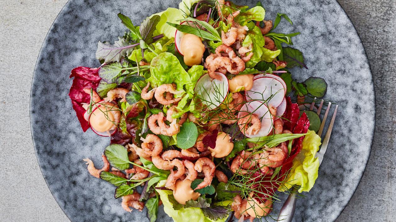 Salade Hollandse garnalen met kruiden en cocktailsaus