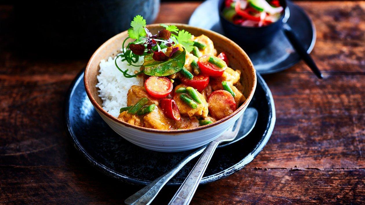 Thaise rode curry met kip en groenten