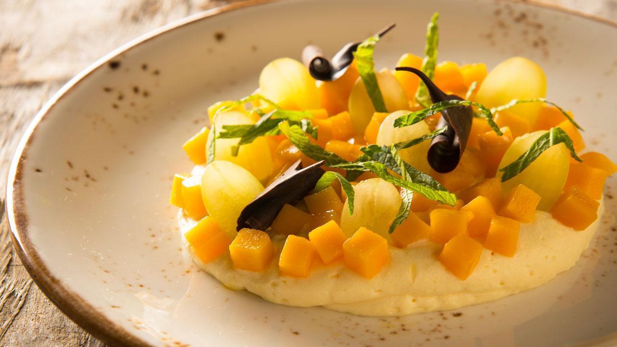 Vanillemousse met mango