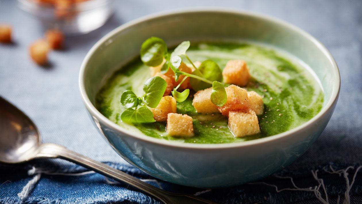 Vergeten groentesoep met waterkers