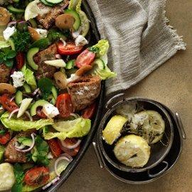 Fattoush – Sprø salat med fritert pita og syltet sitron