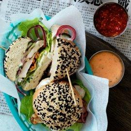 Shiso-burger med wasabimajones