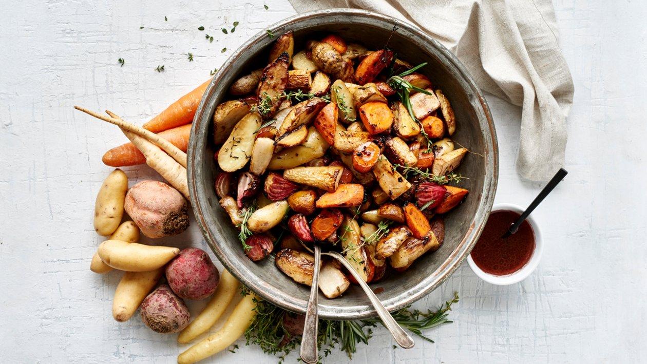 Ovnsstekte rotgrønnsaker og timian 🌍🌍🌍 – Oppskrift