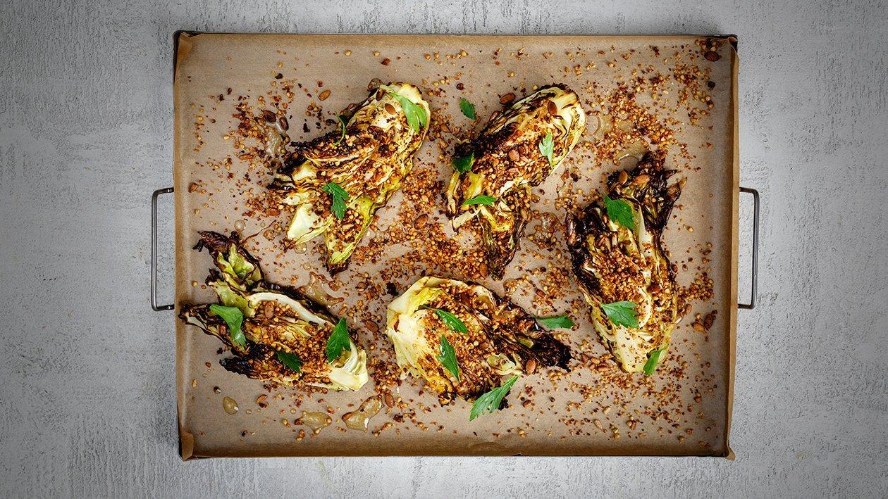 Stekt spisskål med sitrus og frø     – Oppskrift
