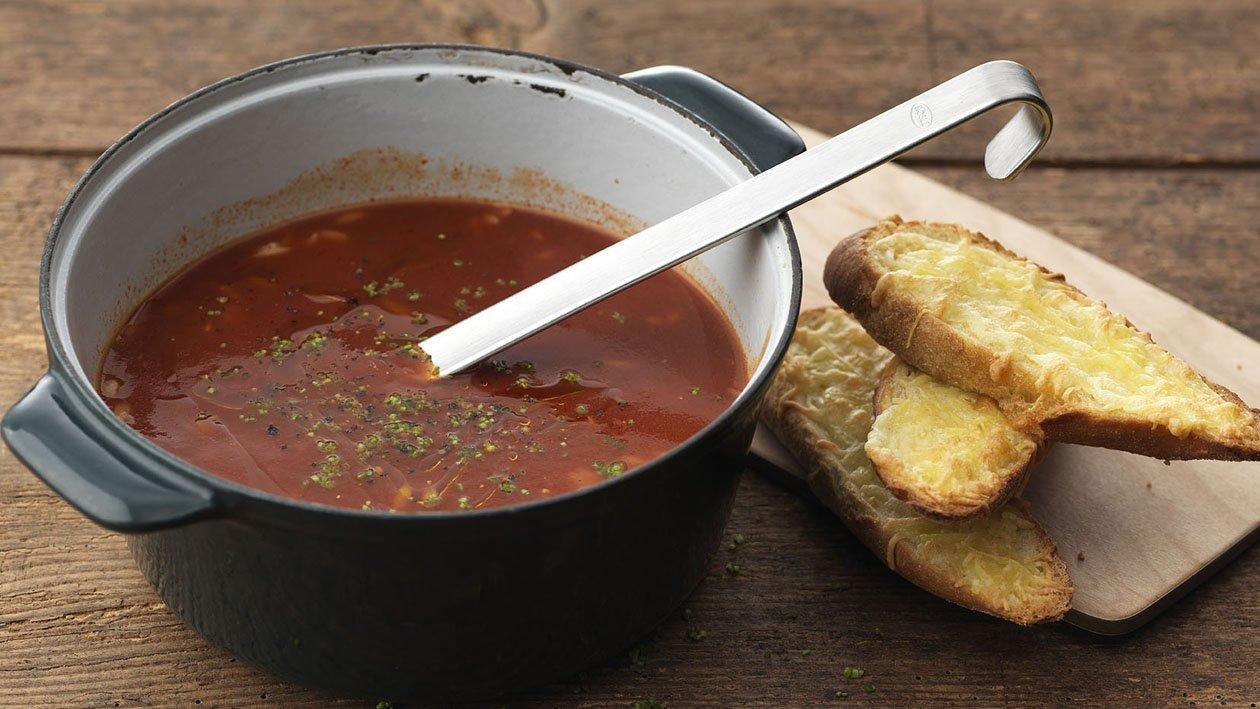 Tomatsuppe med ingefær og risoni – Oppskrift