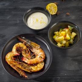 Grillowane krewetki z ananasem i majonezem cytrusowym