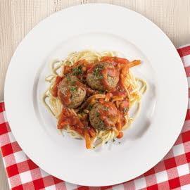 Spaghetti Napoli z klopsikami mięsnymi