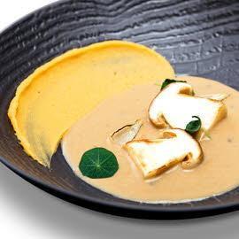 Zupa borowikowa z purée dyniowo-ziemniaczanym