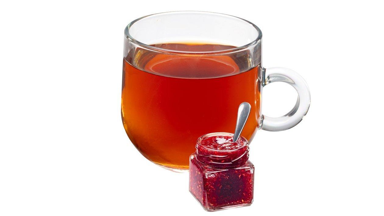 Herbata z domową konfiturą