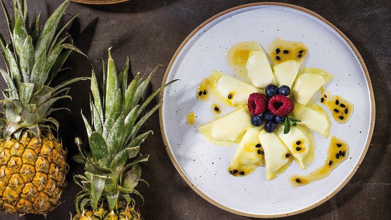 Pierożki ananasowe z mascarpone i marakuja