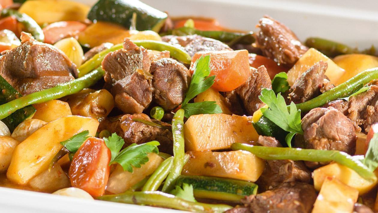 Ragout jagnięcy z warzywami