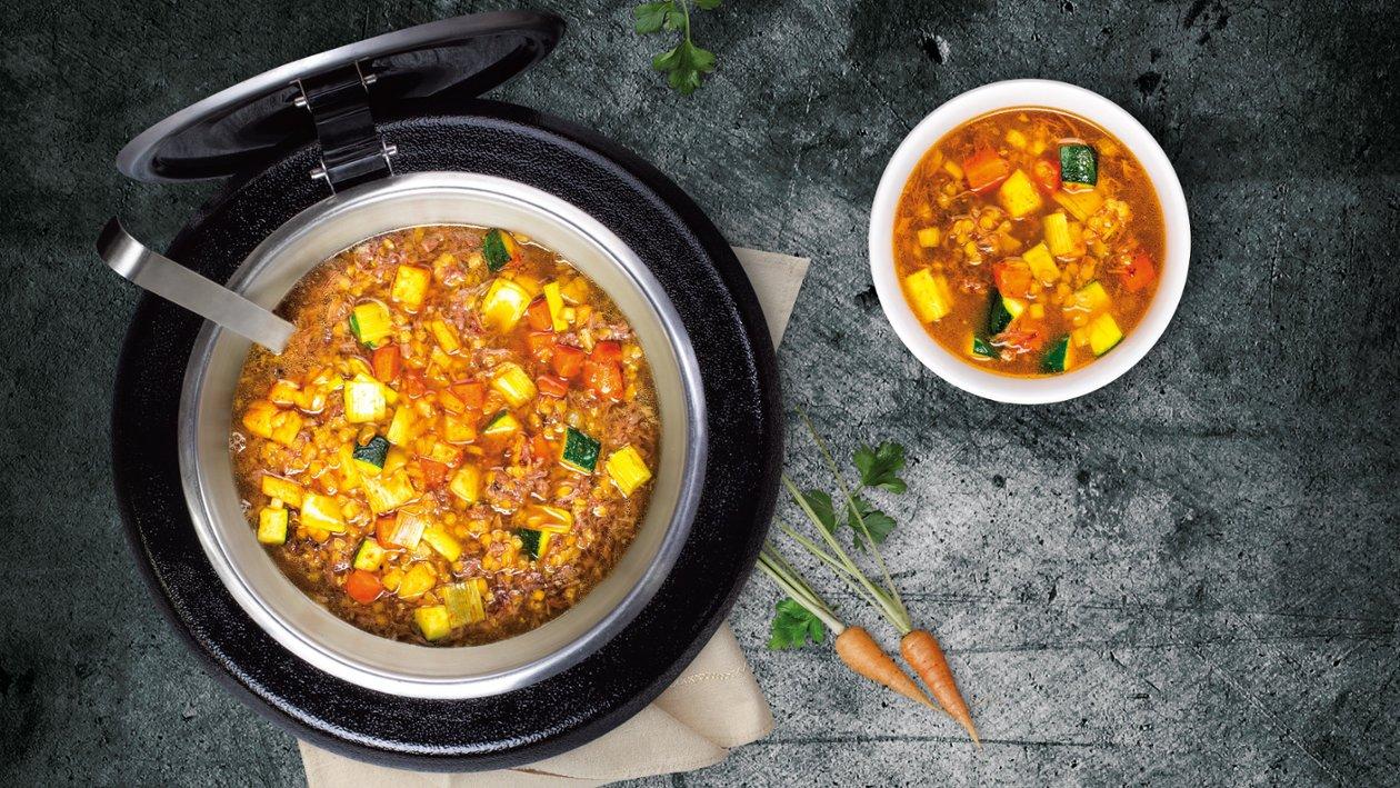 Zupa z ogonów wołowowych z soczewicą i peczonymi warzywami