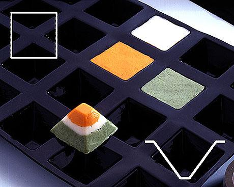CONTACTO GN 1/2 Silikon-Backmatte Pyramide, 9 Formen