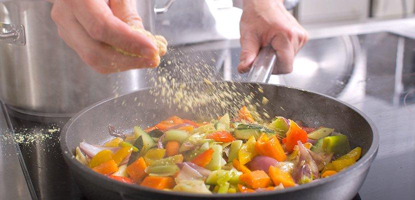 Knorr Gemüse Kraftbouillon 1 KG - Gemüsegerichte brauchen Pfiff.