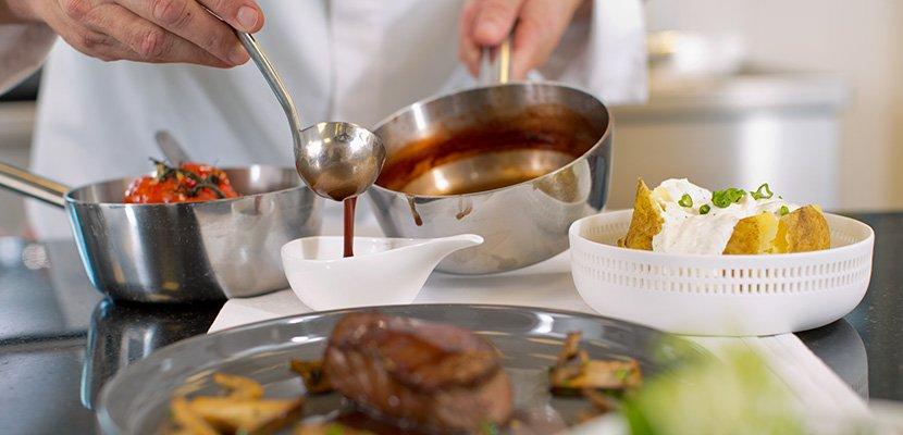 Mondamin Roux Klassische Mehlschwitze dunkel 1 KG - Eine perfekte Mehlschwitze ist bei Saucen das A und O.