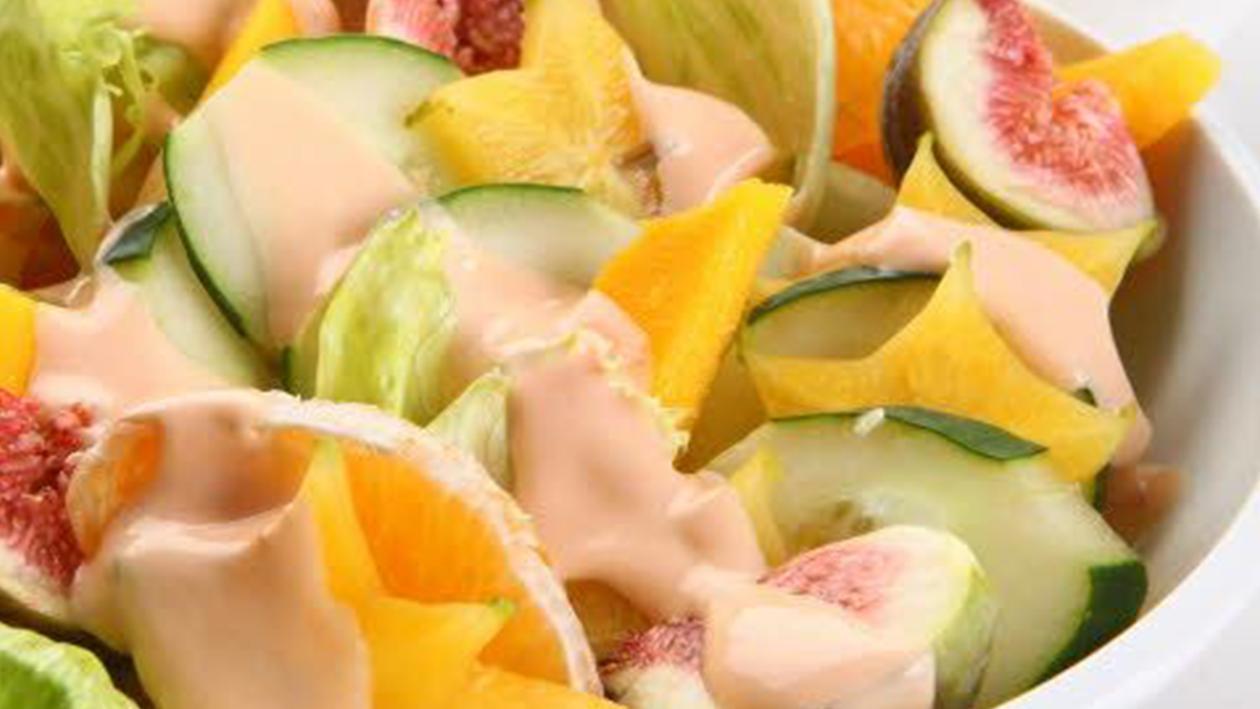 Alface-Americana com Frutas e Pepino