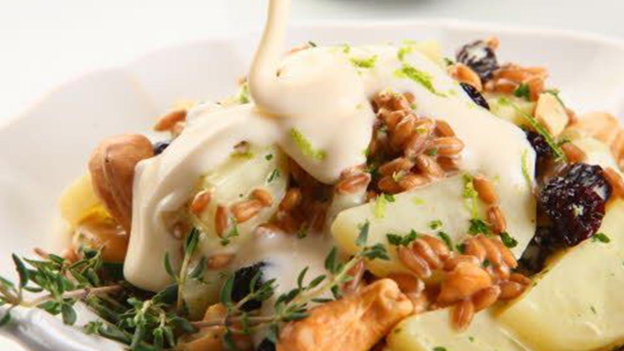 Salada de Batata, Grão de Trigo e Passas