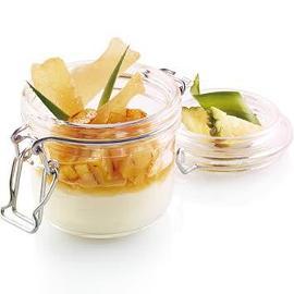 Panna Cotta de Iogurte com salteado de Abacaxi