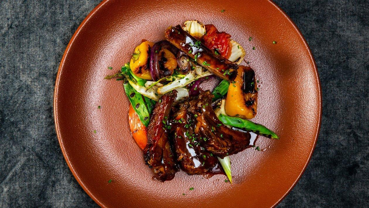 Entrecosto no Forno com Legumes