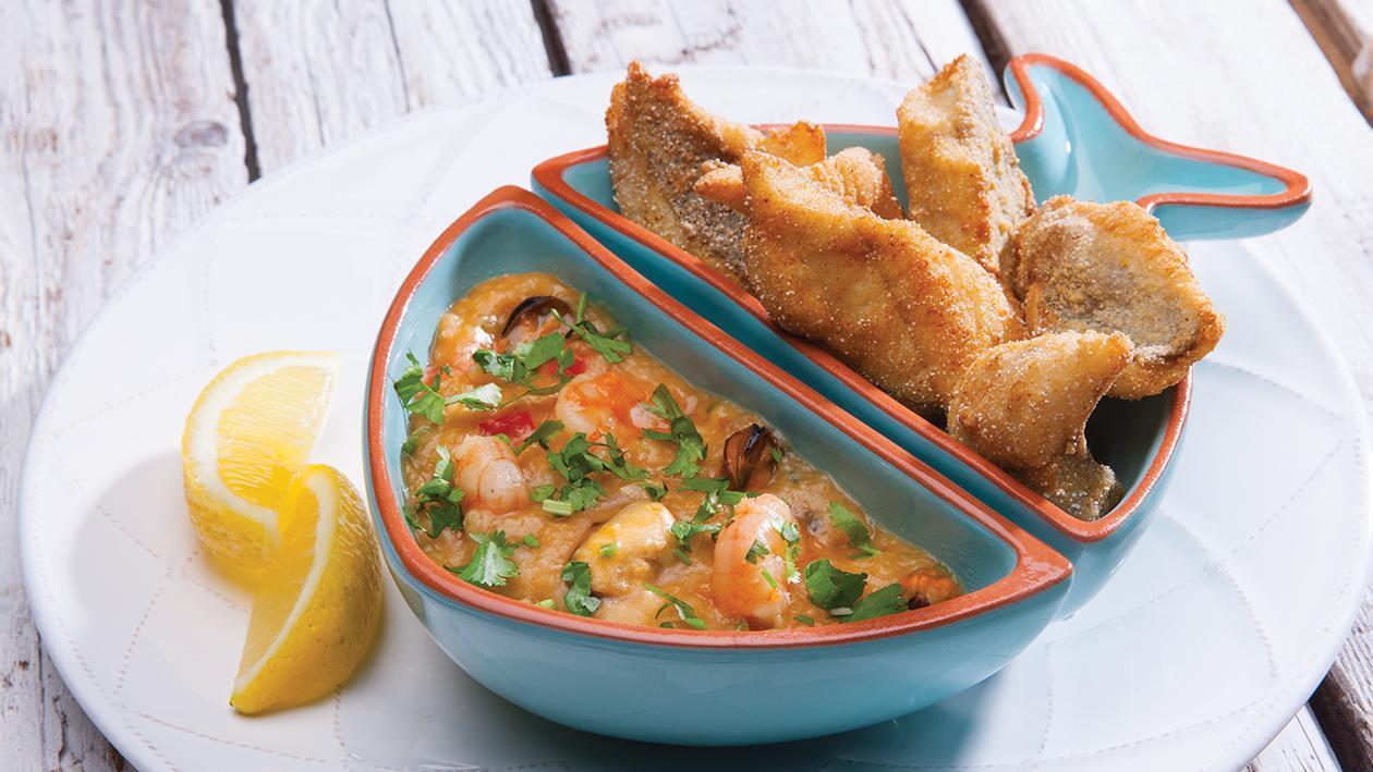 Peixe Frito Com Açorda De Camarão