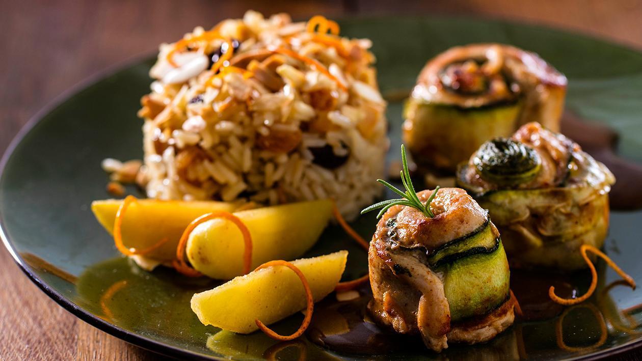Rolos de Perú com legumes e arroz Árabe