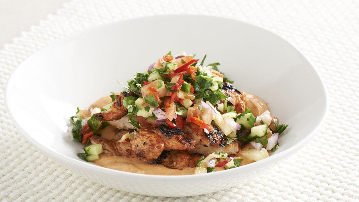 Salada de Frango Thai