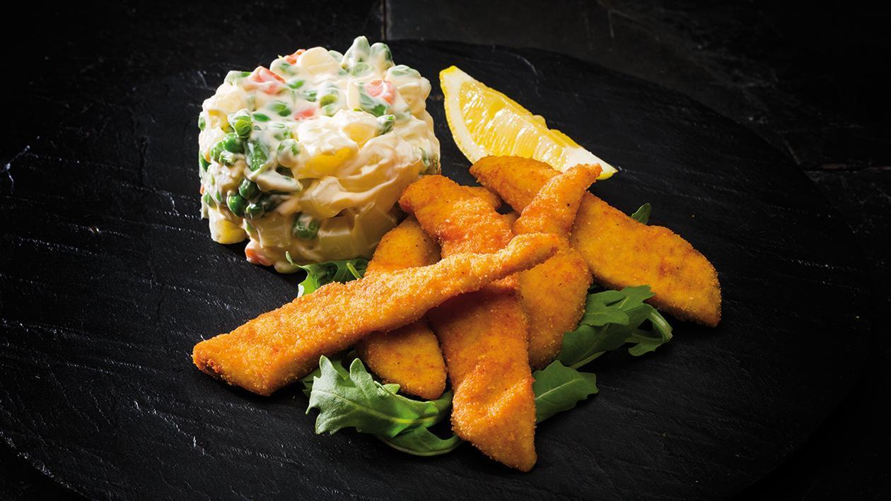 Salada Russa com Tiras de Frango Panadas