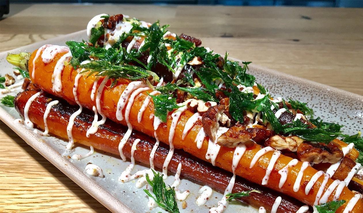 Morcovi caramelizati cu maioneza Za'atar