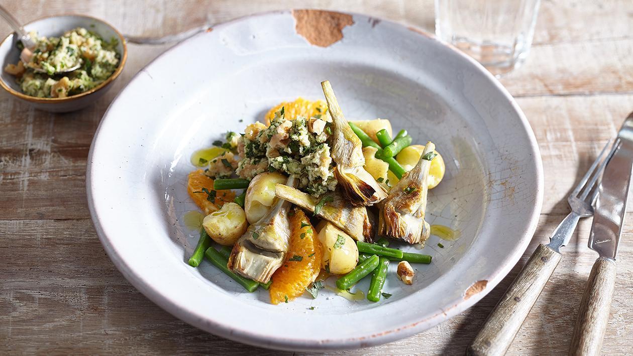 Salata de cartofi cu anghinare si tarator de alune