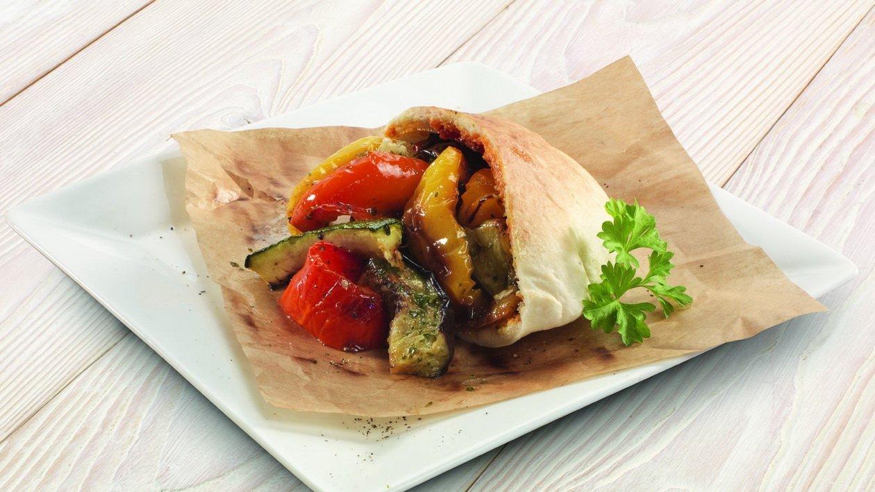 Овощи гриль в пите (Сабих с овощами)
