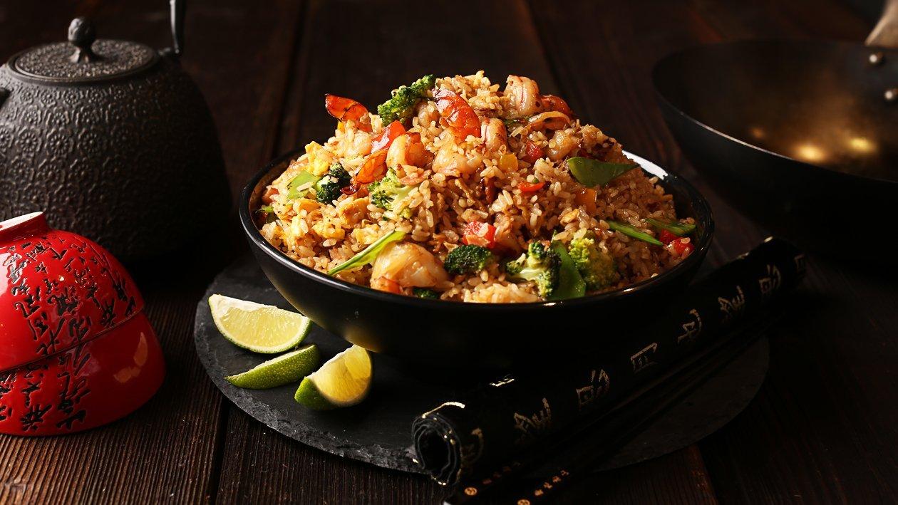 Рис со свининой и креветками