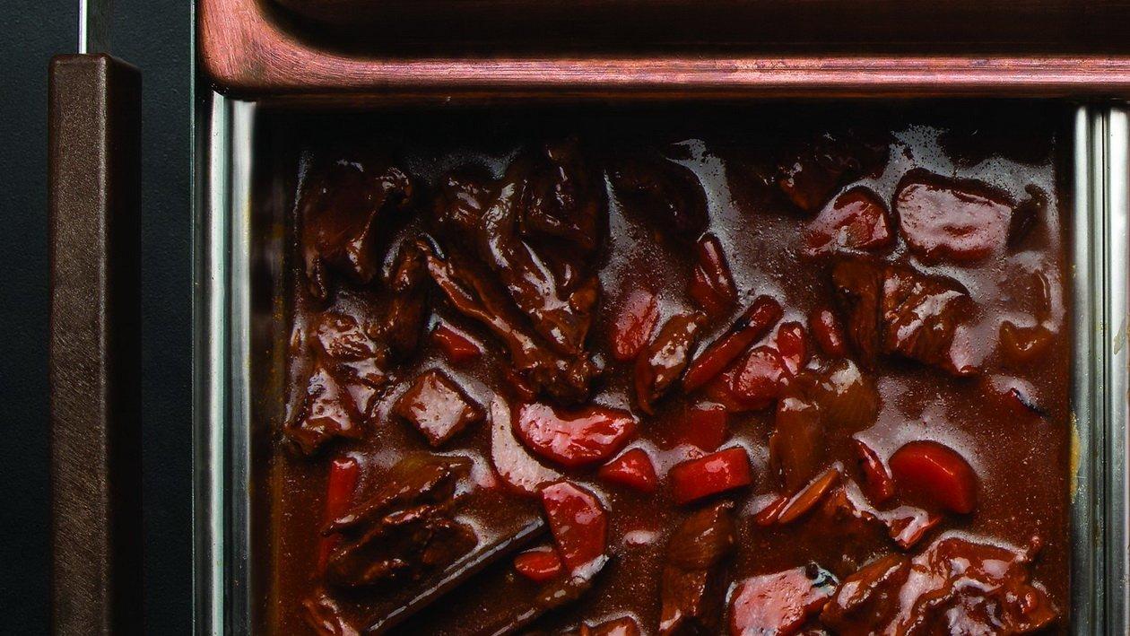 Тушеное мясо с соусом Терияки