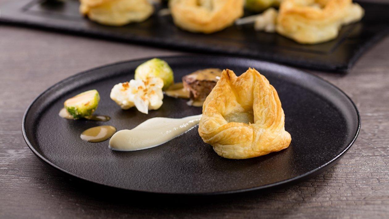 Свинячі щічки у французькому тісті – Рецепти