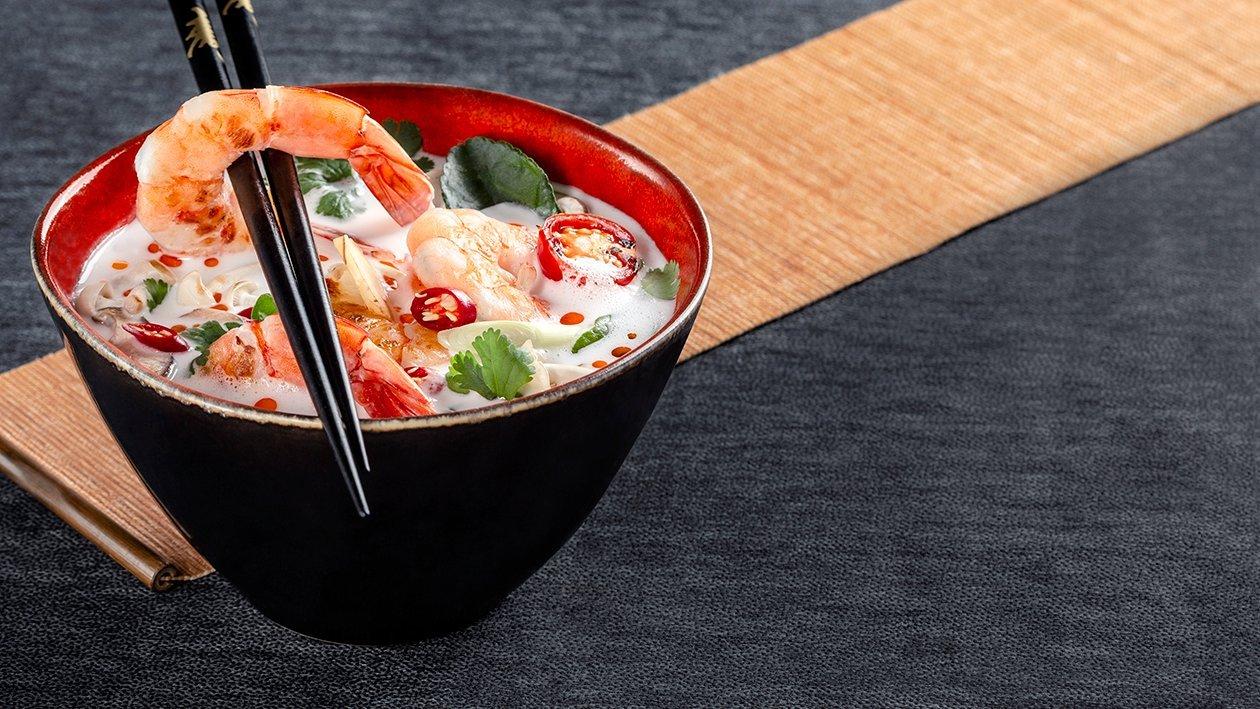 Thajská kokosová polievka s krevetami