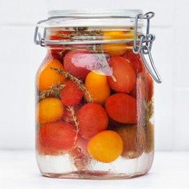 Inlagd tomat med timjan och rosmarin