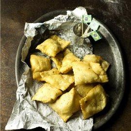 Pastel piroger med kött & oliver