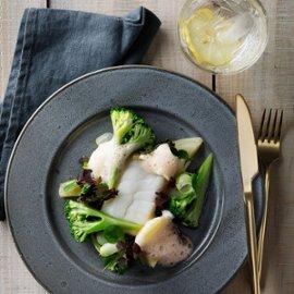 Skrei från Lofoten med fänkål, broccoli och hummersås