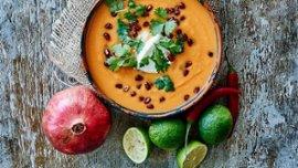 Syd Amerikansk sötpotatissoppa med lime