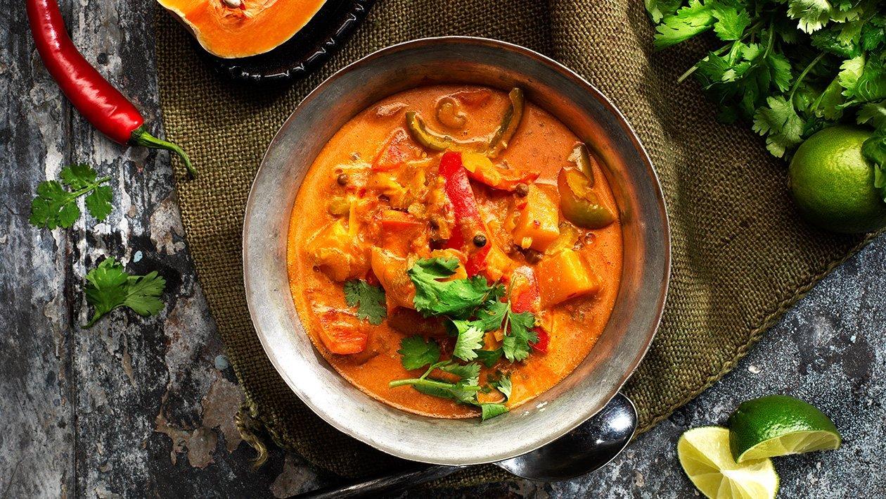 Sydamerikansk grönsakssoppa med kokos och curry