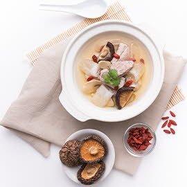 ซุปเยื่อไผ่กับซี่โครงหมู