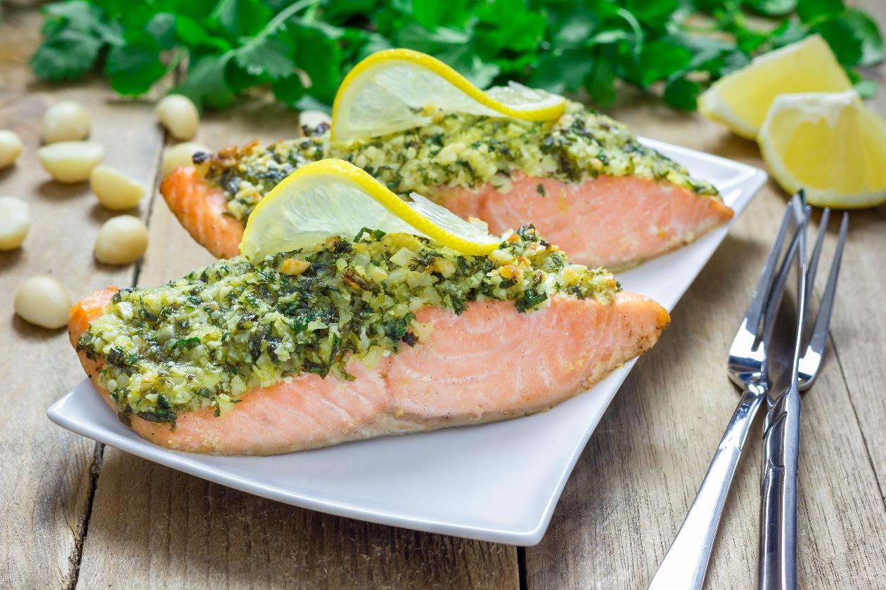 Fırında Pesto Kıtırlı Somon Balığı, Mayer Limon İle