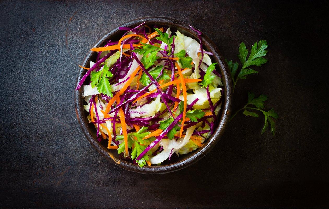 Lahana Salatası, Sirkeli Baharat Sos İle