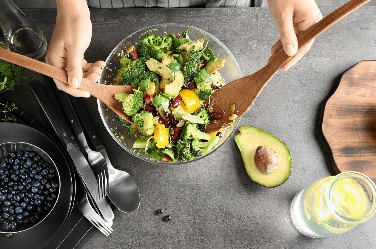 Tahıllı Brokoli Salatası