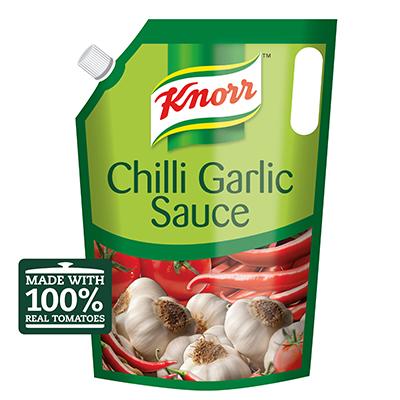 کنور چلی گارلک سوس (4x4kg) - سوس اصلی ٹماٹروں اور نمایاں نظر آنے وال کٹی مرچ سے بنا ہے