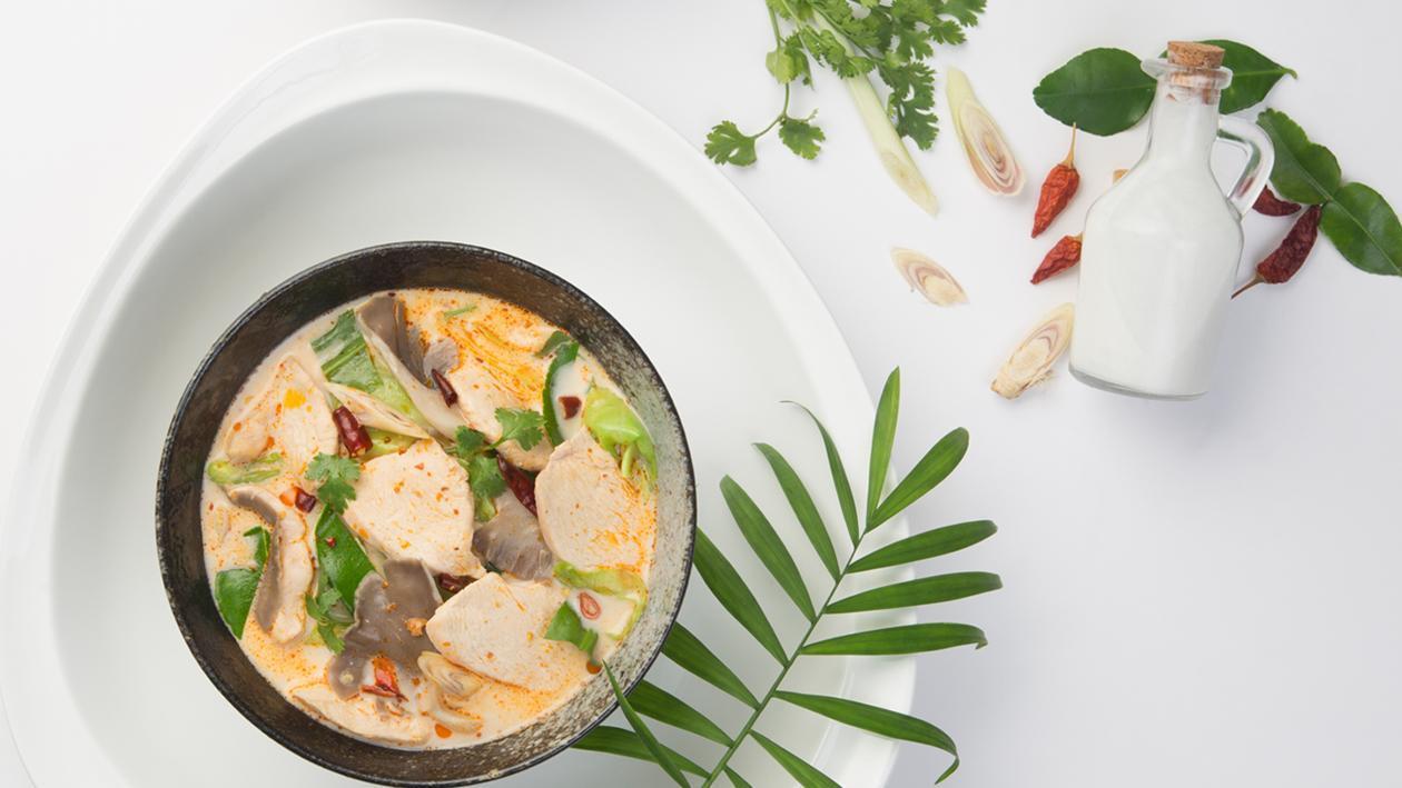 Súp Gà Nước Cốt Dừa