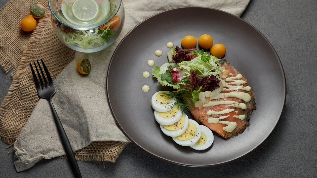 煙燻三文魚沙律配芥末籽荷蘭醬 – 食譜詳情