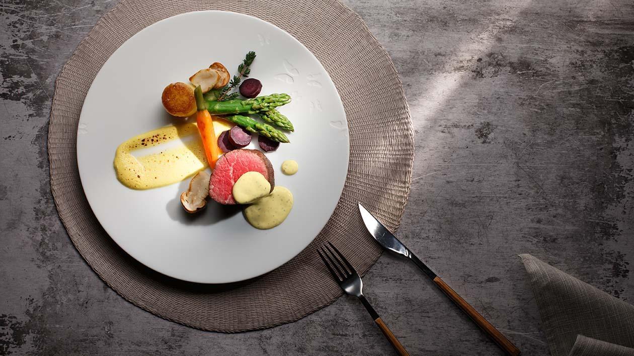 燒牛柳,蘆筍荷蘭汁 – 食譜詳情
