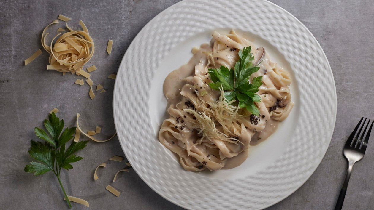 牛肝菌意大利寬條麵配黑松露橄欖油 – 食譜詳情