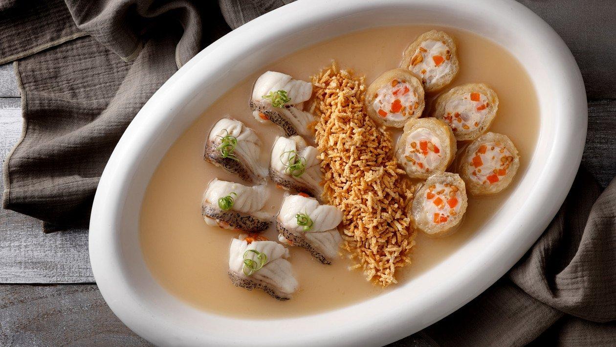 龍蝦魚湯海鮮伴脆米 – 食譜詳情